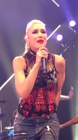 Gwen_Stefani_–_This_Is_What_the_Truth_Feels_Like_Tour_(-Misery-).jpg