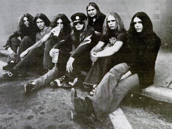 Lynyrd_Skynyrd_band_(1973).jpg