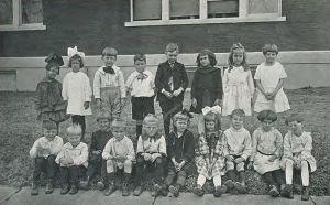 1921_Locust_yearbook_p._100_(Kindergarten)