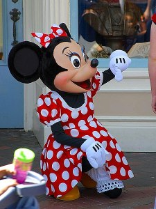 450px-Disney_minnie_mouse